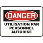 "Accuform MCEQ146XT10, French Danger Safety Sign ""Utilisation Par…"""